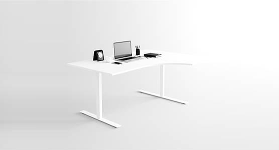 Svängt skrivbord